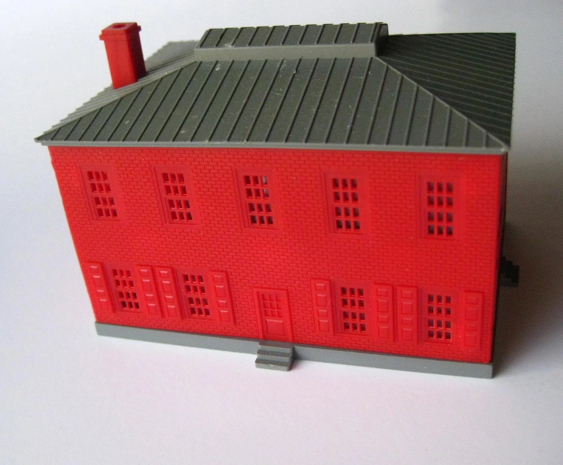 Model Train Scenery N Scale Colonial Style Building - Model Railroad  Accessory