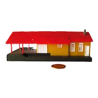 Bachmann Model Train Passenger Station - Model Railroad Scenery - Miniature Trains