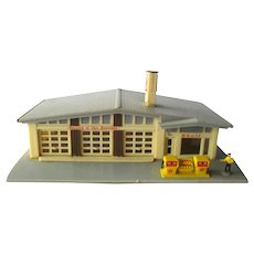 Model Train SHELL Gas Station - Model Railroad - Miniature Town