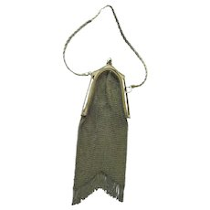 Whiting and Davis Gold Mesh Purse With Sapphire Clasp - Turn of The Century Whiting And Davis Purse - 1910 Mesh Purse