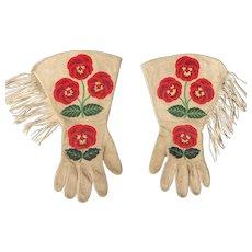Magnificent Quality Blackfoot Indian Woman Old Master Micro Bead Gauntlets 1930 -- with letter