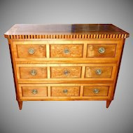 Museum Quality Italian Masterpiece 1790 Satinwood Inlaid Chest