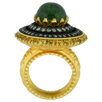Fashion Ring With Cabochon Green Tourmaline In 18 Karat Gold