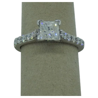 Princess Cut Diamond Engagement Ring With White Diamond Shank