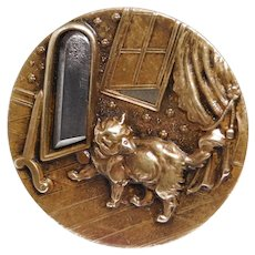 BUTTON~Large Cat in the Mirror Tinted Brass w Steel