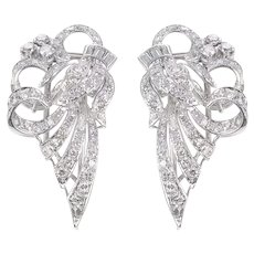 18 KT White Gold & Diamond Bell Flower Earrings