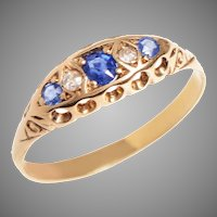 18 KT. Yellow Gold, Sapphire and Diamond Ring