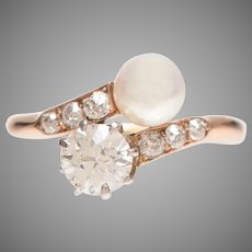 Elegant Pearl and Diamond Toi and Moi Ring