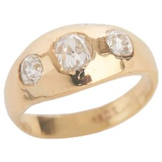 Antique 3 Stone Diamond Ring set in 18 KT Gold