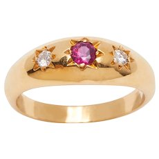 Vintage 18KT Ruby and Diamond Gypsy Ring