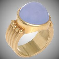 18 KT. Matte and Polished Gold and Cabochon Chalcedony Ring
