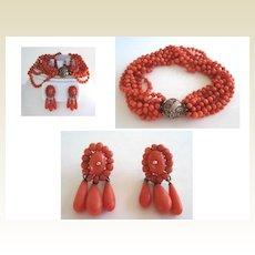 Vintage Natural Coral Bead Dragon Set Multiple Strand Knotted Bracelet 10KT Gold Pierced Earrings