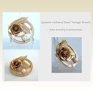 Exquisite Vintage Genuine Cultured Pearl Gold Tone Brooch Pin Raised Floral & Leaf Motif