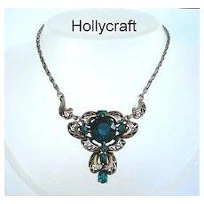 Unusual Vintage Signed HOLLYCRAFT Pendant Necklace Emerald Green Rhinestones Fancy Open-Work Metal Design