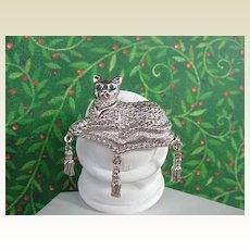 Regal Vintage AVON Brooch Pin Cat Kitty Reclining on Pillow Tassels Green Rhinestone Eyes