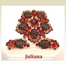 Vintage Juliana D&E Christmas Set Red & Green Intaglio Engraved Floral Ovals & Rhinestones
