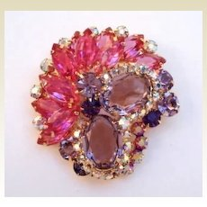 Glorious Vintage Juliana D&E Brooch Pin Bubble Gum Pink Lavender Amethyst