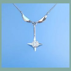 Vintage 14KT White Gold and Diamond Pendant Necklace Exquisite Star Setting Marked
