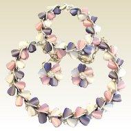 Exquisite Vintage Lisner 4-Pc. Lucite Set Hearts Lavender Pink White Rhinestones Signed