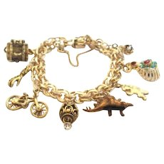 Vintage 1940's-1950's 12KT Gold Filled WINARD Charm Bracelet Fortune Teller's Hand Mechanical