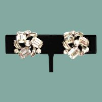 Vintage Signed Lisner Clear Rhinestone Earrings Brilliant Fire