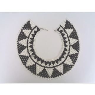 Exceptional Vintage Art Deco Style Choker Collar Bib Necklace Black White Geometric Glass Beads