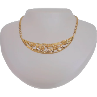 Sweet Vintage Crescent Shape Floral Choker Necklace Signed