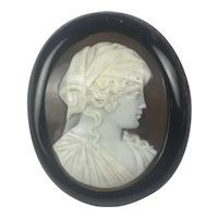 Antique Victorian Whitby Jet Shell Cameo brooch : Beatrice Cenci: VERY RARE