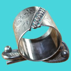 Rare Tennis Silverplate Figural Napkin Ring Meriden & Co. Antique Victorian