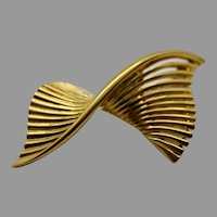Nina Ricci Designer Brooch Fashion Jewelry Signed Pin