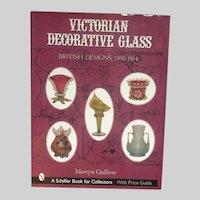 Victorian Decorative Glass Book : British Designs, 1850-1914 Gulliver