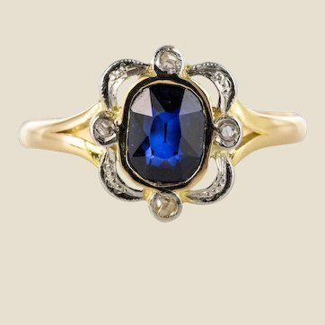 French 20th Century Sapphire Rose-Cut Diamonds 18 Karat Yellow Gold Ring