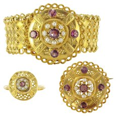 French Antique Natural Pearl Garnet 18 Karats Yellow Gold Set