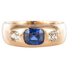 1900s Men or Women Sapphire Diamonds 18 Karat Gold Band Ring