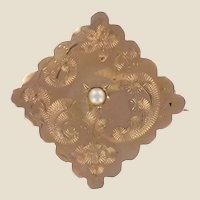 French 19th Century Natural Pearl 18 Karat Rose Gold Lozenge Brooch