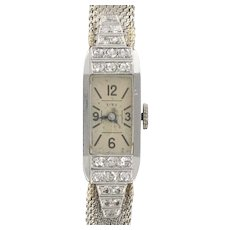French ladies Platinum Diamond 18 Karats White Gold Art Deco manual Wristwatch, 1930s