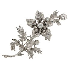 "French 19th Century Flower Diamond 18 Karats White Gold Silver ""Trembleuse"" Brooch"