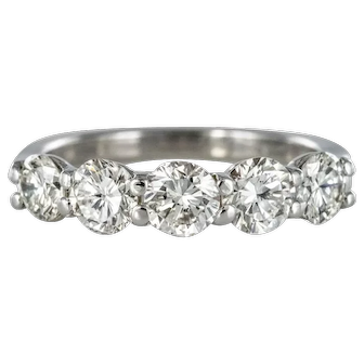 New 1.95 Carat E.VVS Diamond 18 Karat White Gold Wedding Ring