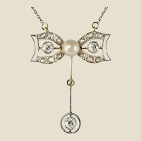 1920s French Belle Epoque Diamond Cultured Pearl Gold Pendant Necklace