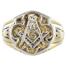 1960s Masonic Yellow Gold Platinum Signet Man Ring