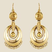 French 19th Century Chiseled 18 Karat Yellow Gold Dangle Earrings