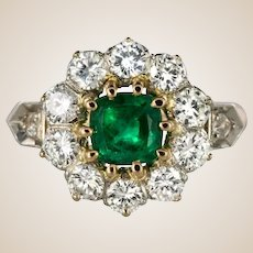 1900s Belle Époque Emerald Diamonds 18 Karat Rose Gold Platinium Daisy Ring