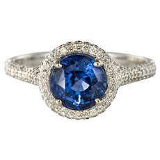 French 2.26 Carat Royal Blue Ceylon Sapphire Diamonds Ring