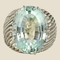 French 1960s 16.6 Carat Aquamarine 18 Karat White Gold Retro Ring