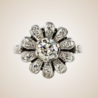 1950s 0.080 Carat Diamonds 18 Karat White Gold Flower Shape Ring