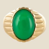 1960s 6 Carat Chrysoprase 18 Karat Yellow Gold Signet Ring