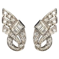 1920s Art Deco Platinum 18 Karat White Gold Diamond Earrings