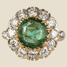 French 1960s Emerald Diamonds 18 Karat Yellow White Gold Daisy Ring