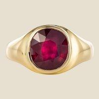 1960s 5.05 Carat Ruby 18 Karat Yellow Gold Bangle Ring