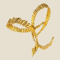 1970s 18 Karat Yellow Gold Bow Brooch
